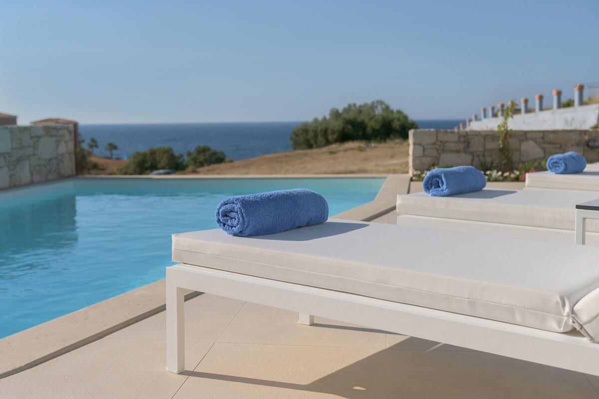 Комплексы модерных домов на острове крит